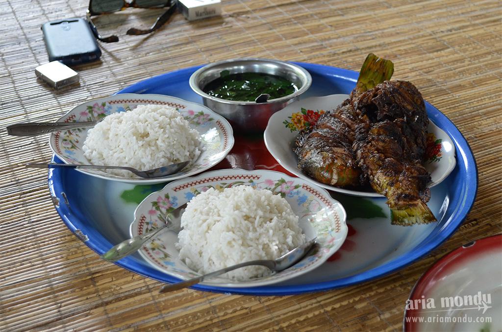 Repas à Gangga